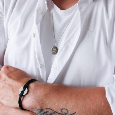 Männer Illustration Münze Halskette