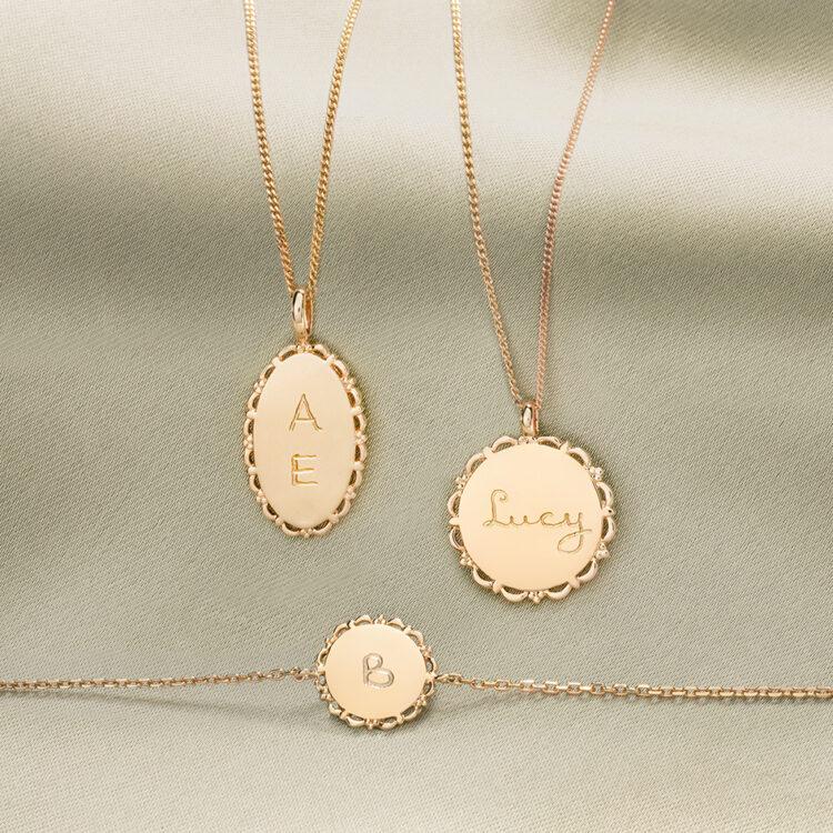 Collier Ovale Classique